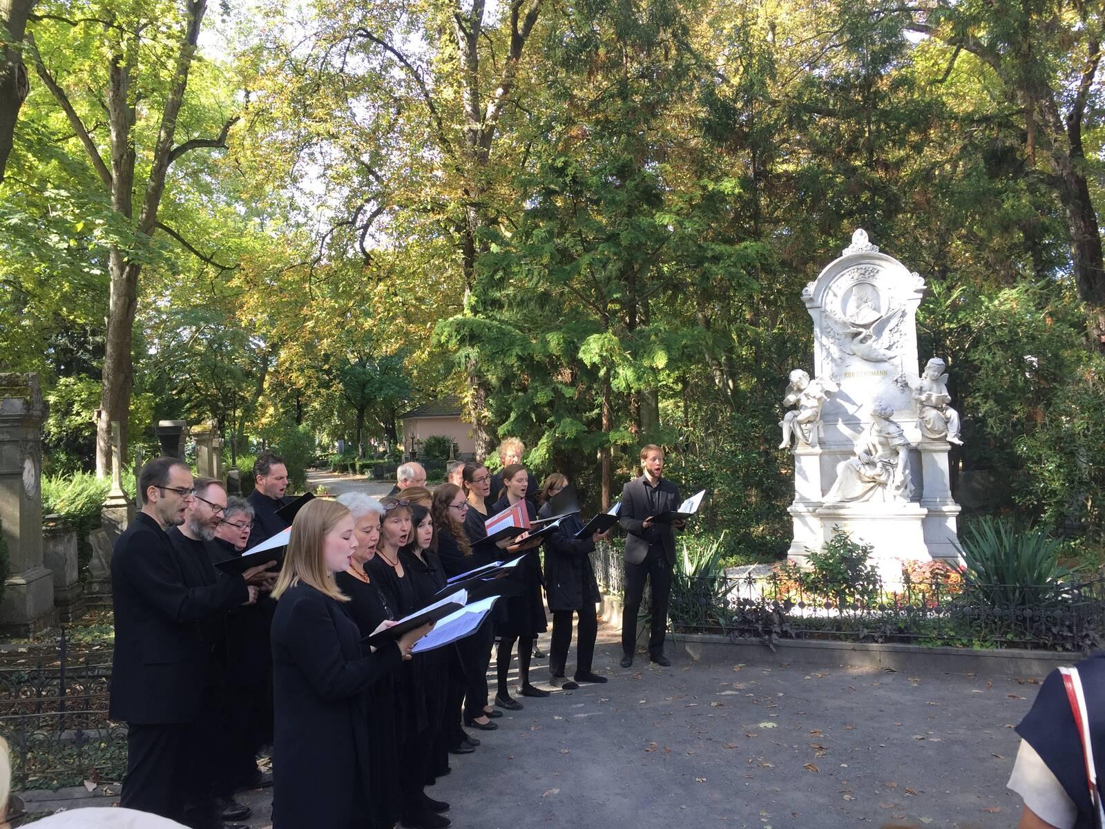 Musikalische Friedhofsführung